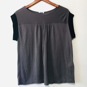 • anthropologie cute pleated t-shirt blouse •
